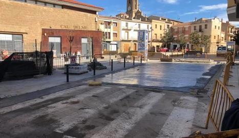 La plaça de la Fassina a Montgai.