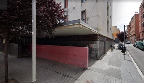 Imatge de la façana del centre geriàtric on presumptament van ocórrer els fets.