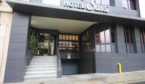 Imatge de l'hotel Sansi de Lleida ciutat, que s'ha ofert per atendre emergències sanitàries.
