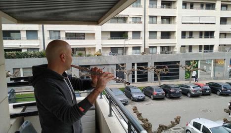 El Conservatori i l'Escola Municipal de Música de Lleida porten la música als balcons