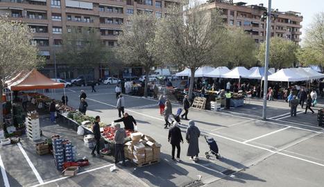 Mercat de fruites i verdures a Lleida el passat dissabte.