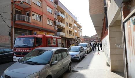 S'esfondra la terrassa d'una casa al barri de la Bordeta de Lleida