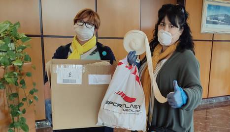 Medilast dóna als ajuntaments d'Alpicat i Lleida material per a la fabricació domèstica de mascaretes