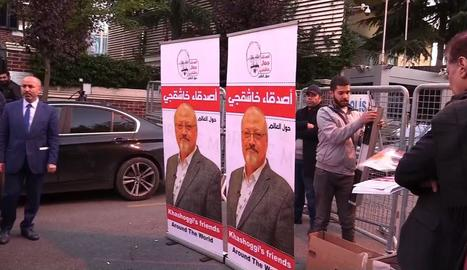 Imatges d'arxiu d'una protesta davant l'ambaixada de l'Aràbia Saudita a Turquia.