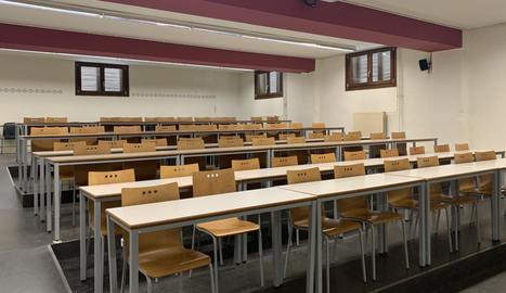 Una aula de la UdL buida.