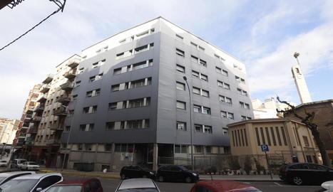 Imatge de la façana de l'hospital Nadal Meroles.