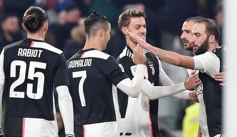 Els jugadors de la Juventus han acceptat la rebaixa salarial del club.