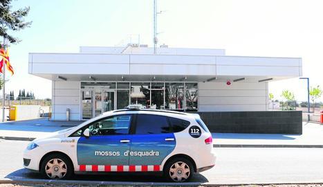 Comissaria dels Mossos d'Esquadra a Valls, amb dos agents malalts i vint en aïllament.