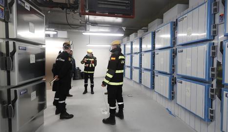 Imatge de la morgue provisional a la Ciutat de la Justícia.