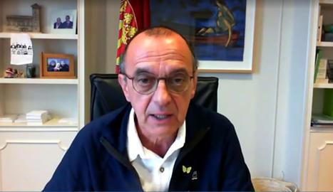 L'alcalde, Miquel Pueyo, en un moment del ple telemàtic.