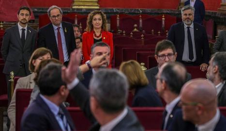 Els líders independentistes el dia que va començar el judici. Al fons, entre d'altres, la consellera Capella.