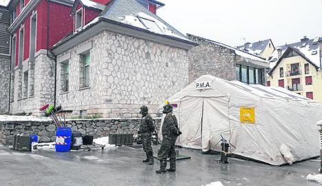 L'Exèrcit va desinfectar dilluns l'hospital i la residència de la tercera edat de Vielha.
