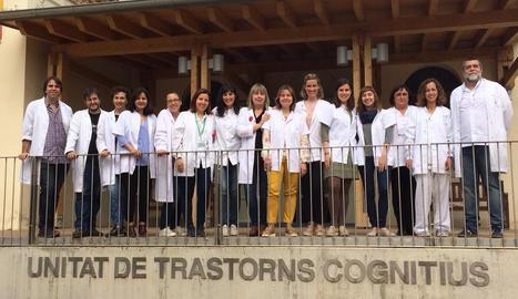 Fotografia de l'equip de la Unitat de Trastorns Cognitius de l'hospital Santa Maria de Lleida.