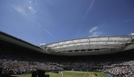 Les pistes de l'All England Club no acolliran el torneig per primera vegada des del 1945.