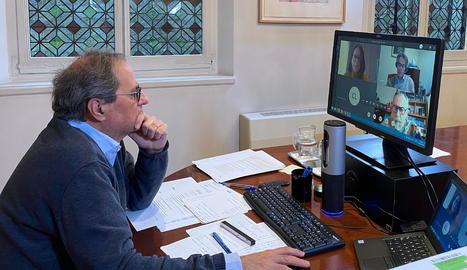 El president de la Generalitat, Quim Torra, reunit per videoconferència amb la junta directiva de l'Associació Catalana de Recursos Assistencials.