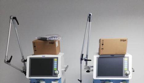Dos dels deu respiradors que ha rebut l'Arnau de Vilanova del ministeri de Sanitat.