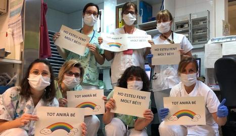 El servei de Pediatria de l'Arnau envia un missatge d'ànim als companys.