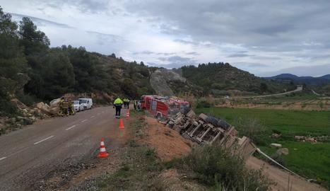 Un imatge de l'accident mortal en una pista de Vinaixa.