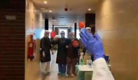 Primera alta d'un pacient amb coronavirus de l'hotel hospital Nastasi de Lleida