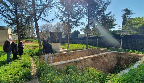La visita d'aquest dijous al cementiri de Lleida.