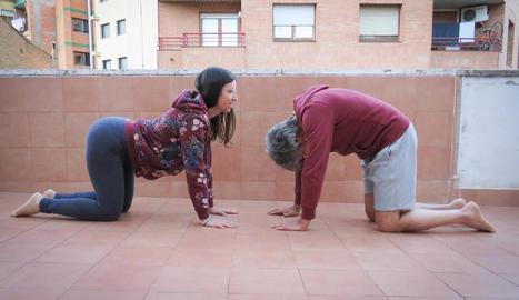 més enllà del físic. Estimar-nos i estimar la gent que ens envolta també forma part del ioga perquè ens acosta al benestar interior.