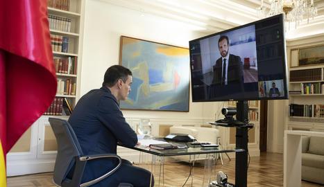 Sánchez i Casado pacten reformular la 'mesa de reconstrucció' com a comissió parlamentària al Congrés