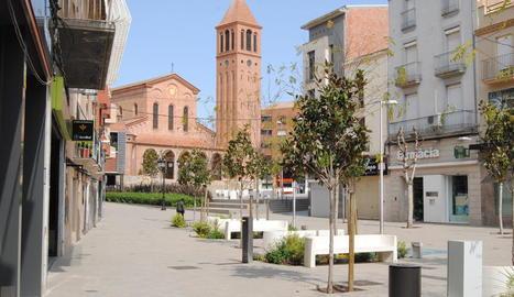 Mollerussa celebra el seu mercat al centre.