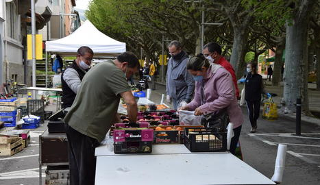 El mercat s'ha traslladat de forma temporal al passeig Joan Brudieu.