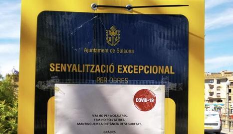 Un dels senyals que s'han instal·lat a Solsona.