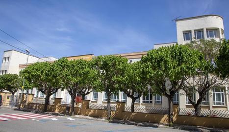 Els plafons s'instal·laran al col·legi Macià Companys.