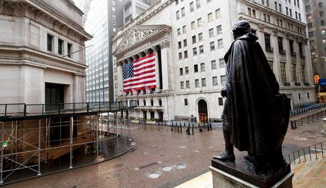 Les tensions entre els EUA i la Xina van provocar ahir caigudes generalitzades a Wall Street.