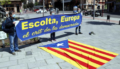 La Urbana de Lleida aixeca acta per saltar-se el confinament a entitats sobiranistes per fer un acte pel Dia d'Europa