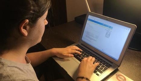 Una usuària escriu al seu metge per l'eConsulta.
