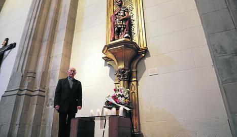 Assistència de fidels ahir a la missa celebrada ahir a la catedral de Lleida en honor a sant Anastasi, retransmesa per Lleida Televisió.