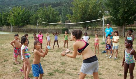 Imatge d'arxiu d'activitats d'estiu per a petits.