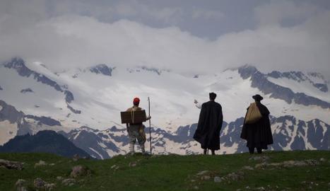 El documental narra aquell viatge basant-se en textos de Verdaguer i en els impressionants paisatges.