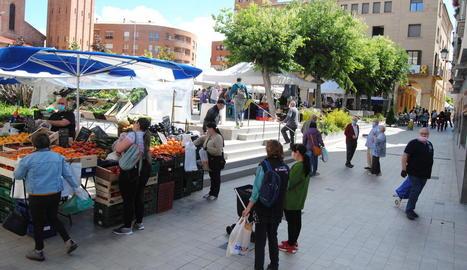 Imatge d'ahir del mercat de Mollerussa.