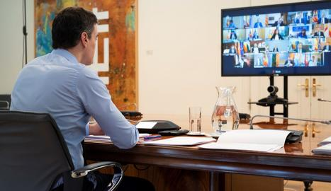 El president del Govern central, Pedro Sánchez, ahir durant la reunió amb els presidents autonòmics.