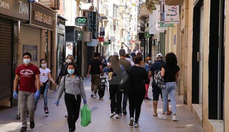 L'Eix Comercial de Lleida aquest dilluns al matí.