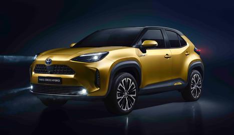 De color daurat metal·litzat, el SUV compacte preveu sortir al mercat el 2021.