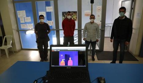 Càmera tèrmica instal·lada al pavelló Agnès Gregori i cedida per Seguretat i Control 24h SL.