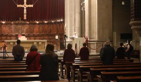 Missa celebrada ahir a la Catedral de Lleida, la primera després de l'entrada en la fase 1.