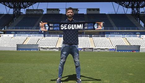 Molo, el dia de la seua presentació l'estiu passat, tenia el Lleida a 3 punts del 'play-off'.