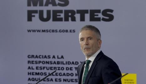 El ministre de l'Interior, Fernando Grande-Marlaska, ahir en roda de premsa.