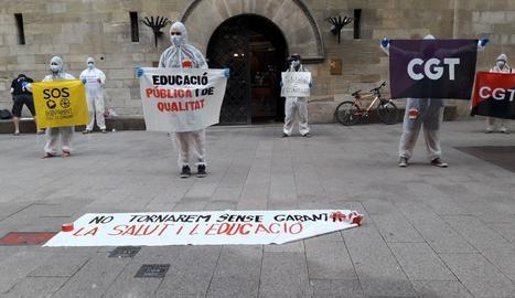 La manifestación tuvo lugar en la plaza Paeria de Lleida.
