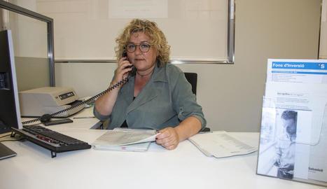 Telèfon i ordinador, indispensables per a Marta Ponsarnau.
