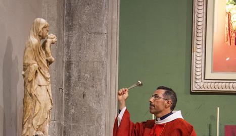 S'estima que va ser esculpida al segle XIV.