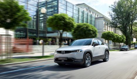 L'MX-30, el primer cotxe elèctric de Mazda,incorpora una gran varietat de tecnologies i materials respectuosos amb el medi ambient.