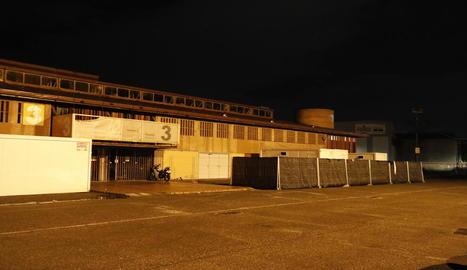 Vista exterior del pavelló número 3 de Fira de Lleida, on es van produir els fets.