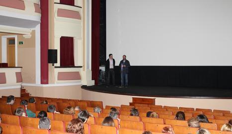 Imatge d'arxiu de la pantalla de cinema al Teatre Armengol.
